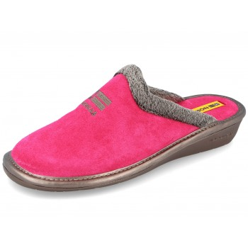 238 Strawberry Suede Nordikas slippers for women